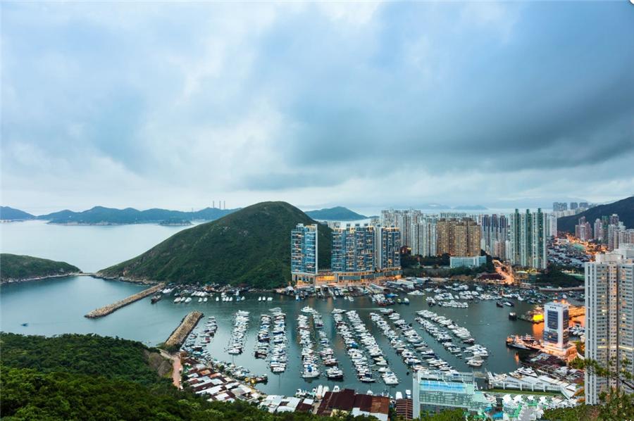 Aberdeen Fishing Village in Hong Kong