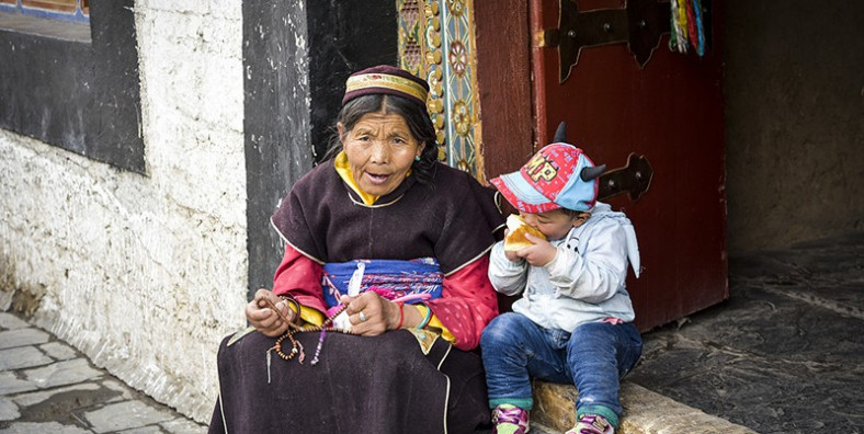 15 Days Yunnan and Tibet Adventure Tour with Mount Everest Discovery