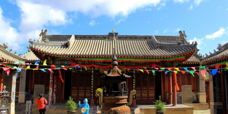 6 Days Xilingol Grassland and Chengde Culture Tour from Beijing