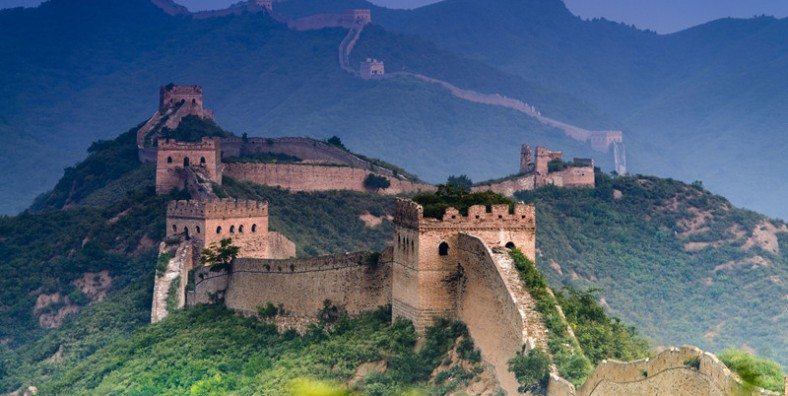 3 Days Great Walls Hiking and Camping Tour: Jiankou, Mutianyu, Gubeikou, Jinshanling, and Simatai Great Wall