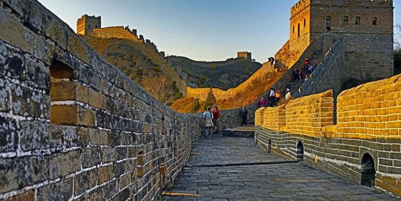 3 Days Great Walls Hiking Tour: Jiankou, Mutianyu, Simatai, and Jinshanling Great Wall