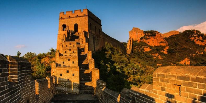 4 Days Great Walls Hiking and Camping Tour: Huanghuacheng, Xishuiyu, Jiankou, Mutianyu, Simatai, Gubeikou, and Jinshanling Great Wall