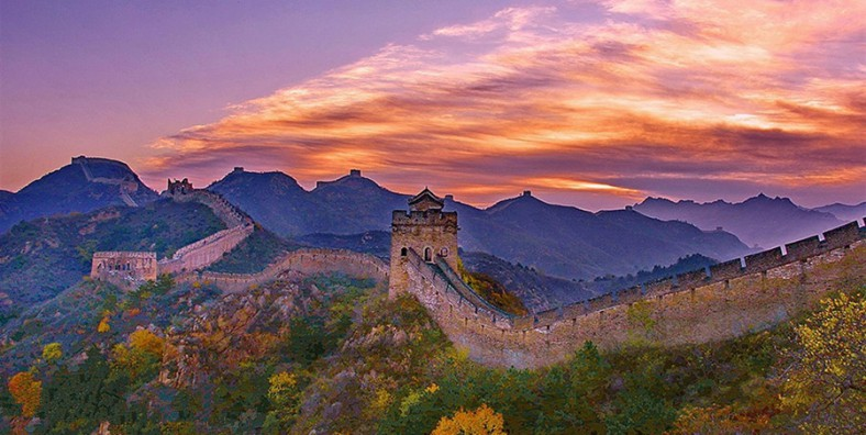 5 Days Great Walls Hiking and Camping Tour: Huanghuacheng, Xishuiyu, Jiankou, Mutianyu, Gubeikou, Jinshanling, and Simatai Great Wall