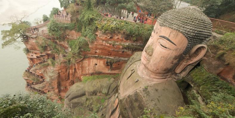 1 Day Chengdu Panda and Leshan Giant Buddha Tour