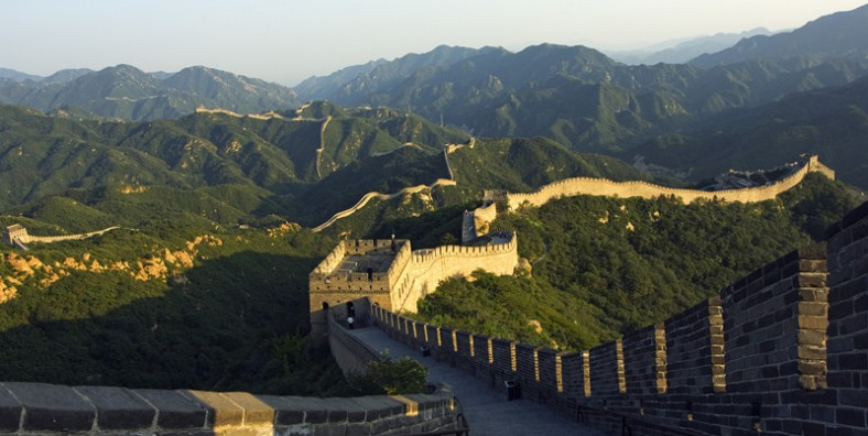 3 Days Great Walls Hiking and Camping Tour: Jiankou, Mutianyu, Simatai, and Jinshanling Great Wall