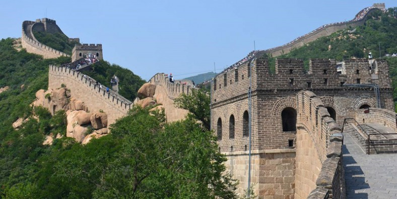 4 Days Great Walls Hiking Tour: Huanghuacheng, Xishuiyu, Jiankou, Mutianyu, Simatai, Gubeikou, and Jinshanling Great Wall