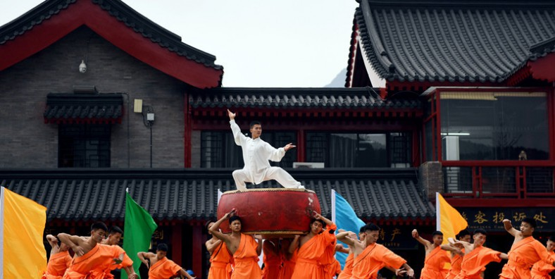 2 Days Luoyang and Shaolin Temple Kung Fu Tour