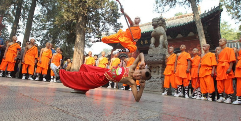 3 Days Zhengzhou City Highlights Tour with Shaolin Temple Discovery