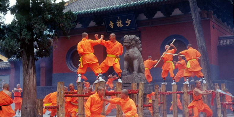3 Days Zhengzhou City Tour with Chinese Kungfu Experience in Shaolin Temple