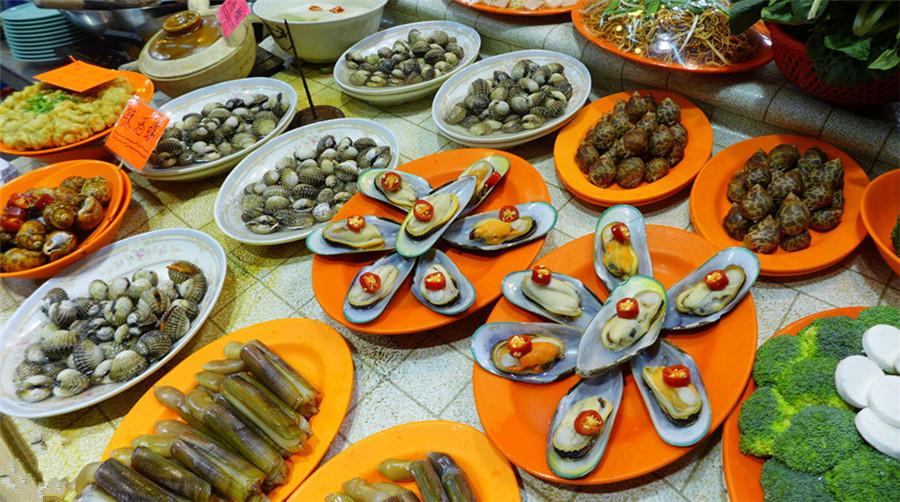 2 Days Hong Kong Best Food & Cultural Must-sees Tour