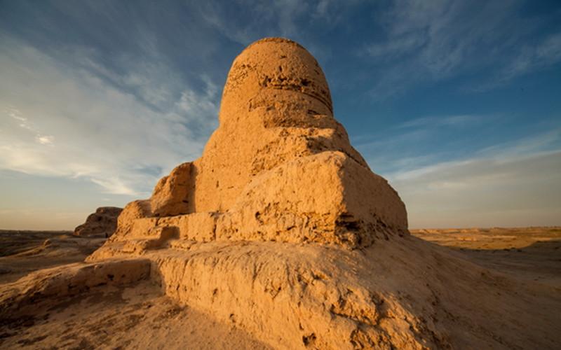 The Mauri-Tim Stupa in Kashgar