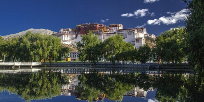 5 Days Lhasa Group Tour with Samye Monastery