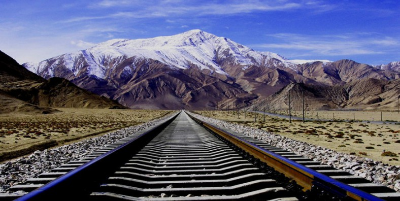 12 Days Sichuan-Tibet Train Tour with Mount Everest and Chengdu Giant Panda