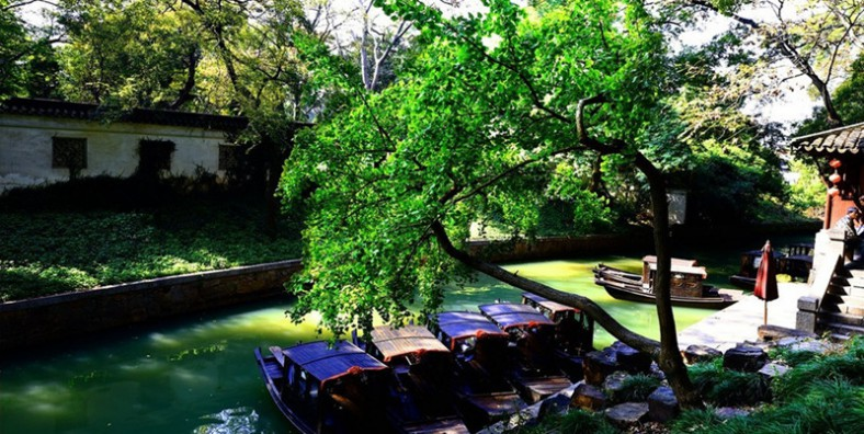 4 Days Suzhou Gardens and Zhouzhuang Water Town Tour