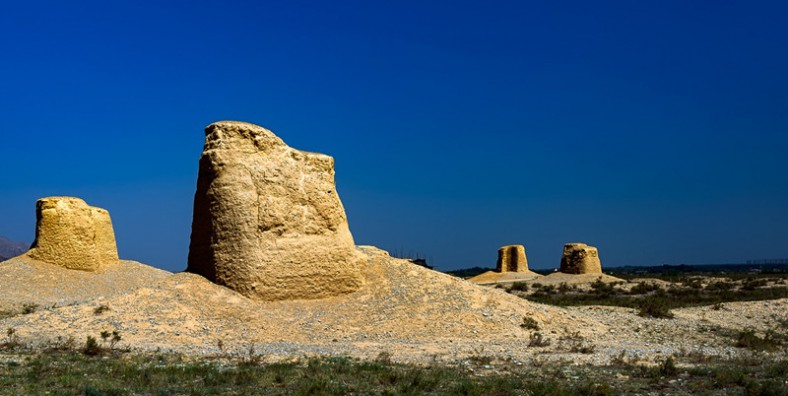 7 Days West Inner Mongolia Tour to Alxa League and Yinchuan
