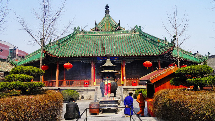 Daxiangguo Temple in Kaifeng