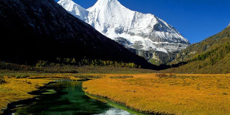 8 Days Chengdu Daocheng Yading Adventure Tour
