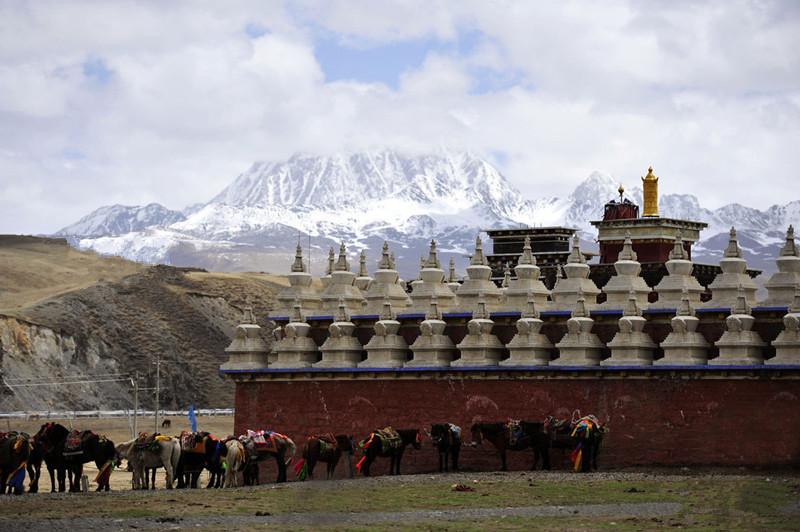 Yala Snow Mountain in Garze, Sichuan