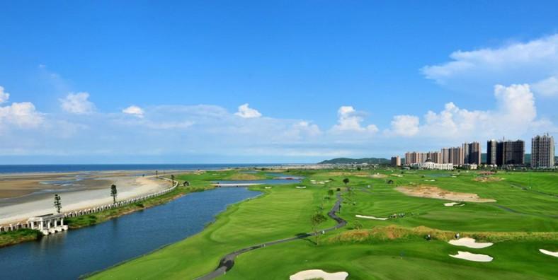 1 Day Beihai Golf and Sightseeing Tour