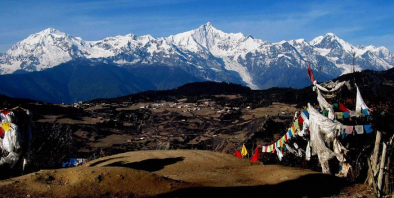 16 Days Sichuan-Yunnan-Tibet Overland Tour from Chengdu to Lhasa via Daocheng Yading