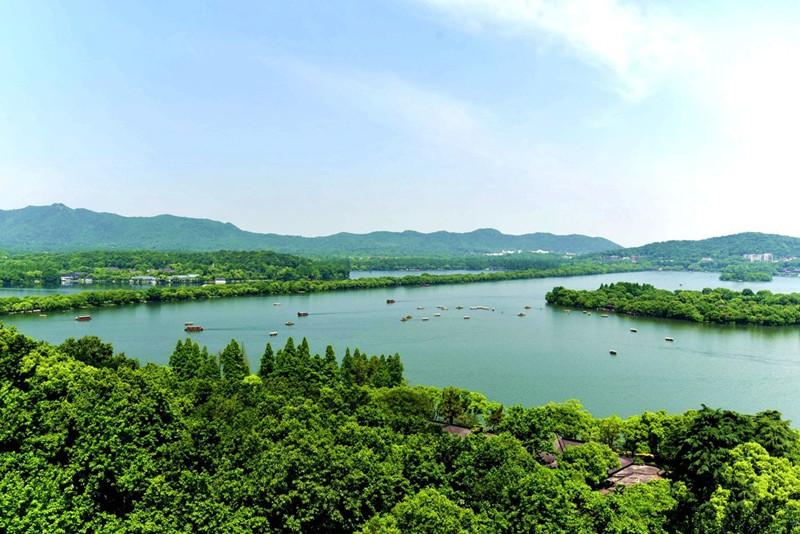 West Lake (Xi Hu) in Hangzhou