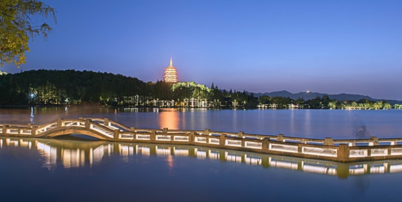 Hangzhou Romance of Song Dynasty Evening Show Tour