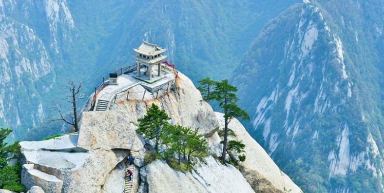 2 Days Huashan Mountain Hiking Tour