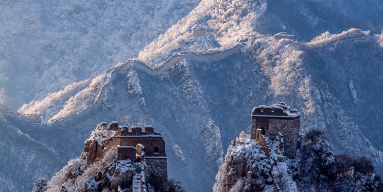3 Days Great Walls Hiking and Camping Tour: Huanghuacheng, Xishuiyu, Jiankou, Mutianyu, and Jinshanling Great Wall