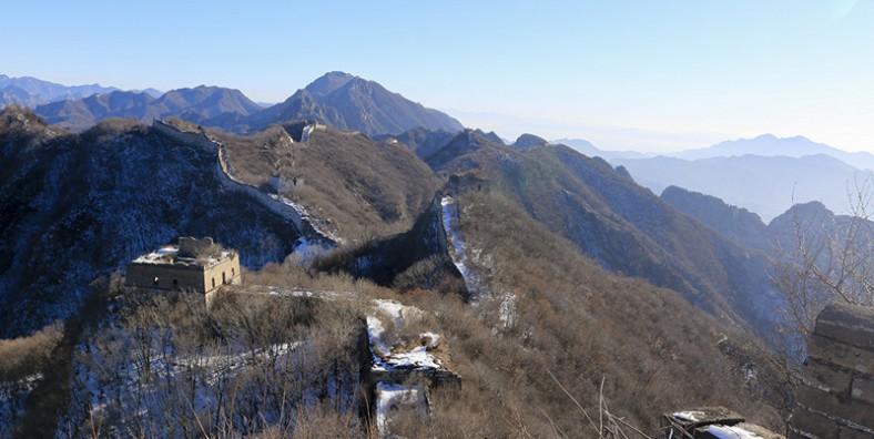 2 Days Great Walls Hiking and Camping Tour: Jiankou, Mutianyu, Gubeikou, and Jinshanling Great Wall