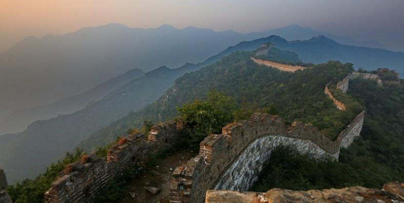 3 Days Great Walls Hiking Tour: Jiankou, Mutianyu, Gubeikou, Jinshanling, and Simatai Great Wall