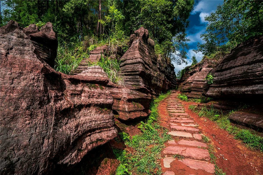 Red Stone Forest National Geological Park in Guzhang County, Xiangxi