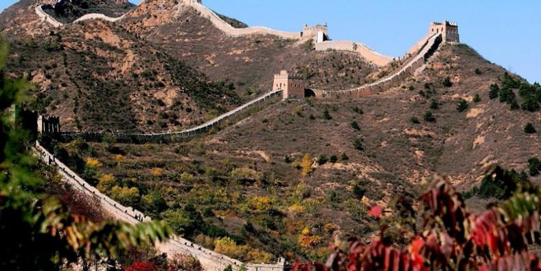 2 Days Beijing Great Walls Hiking Tour: From Jiankou to Mutianyu and Simatai Great Wall