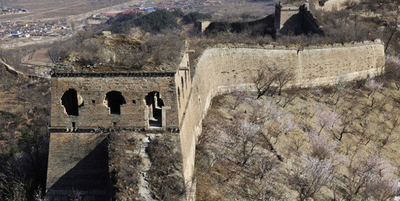 3 Days Great Walls Hiking and Camping Tour: Huanghuacheng, Xishuiyu, Gubeikou, and Jinshanling Great Wall