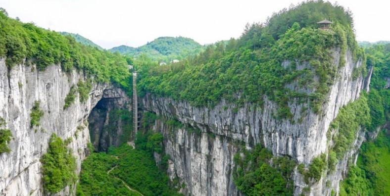 3 Days Chongqing Highlights Tour with Dazu Rock Carving