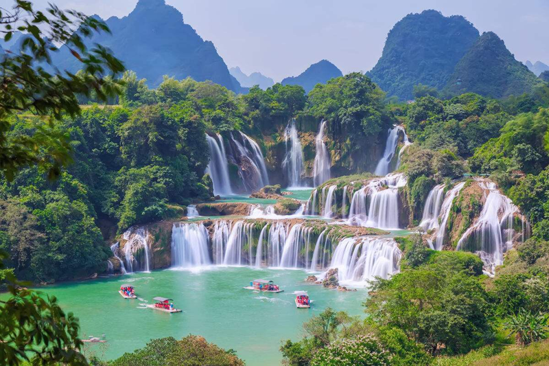 Huangguoshu Waterfall in Anshun