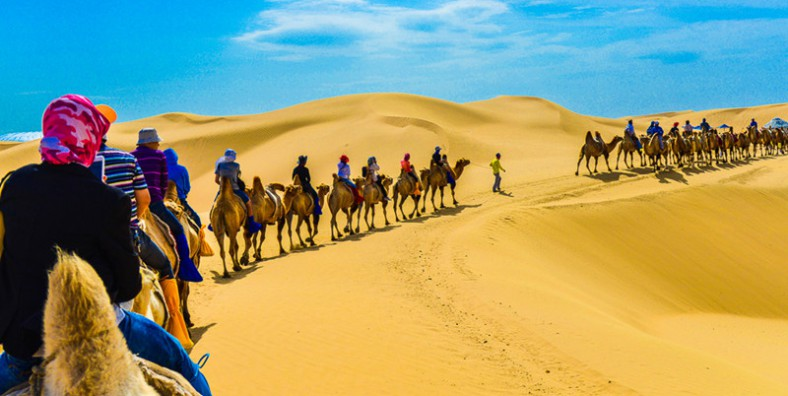 2 Days Inner Mongolia Xilamuren Grassland & Whishtling Dune Bay Group Tour