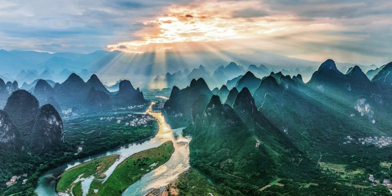 6 Days Scenic Guilin Tour with Guangzhou by High Speed Train