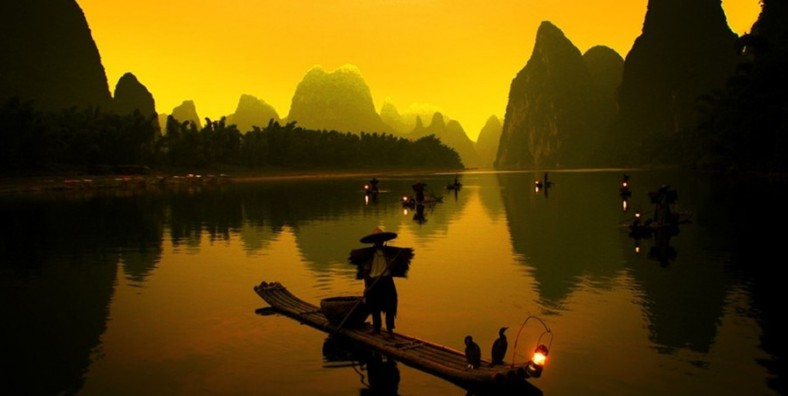 13 Days Hong Kong-Beijing-Xian-Guilin-Shanghai Small Group Tour