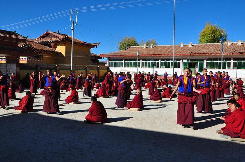 Langyi Monastery in Aba County, Aba (Ngawa)