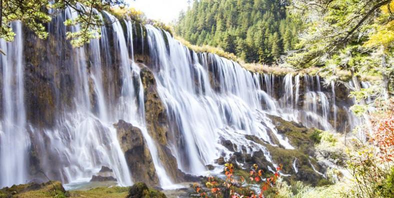 7 Days Jiuzhaigou and Giant Pandas Tour with Mount Emei